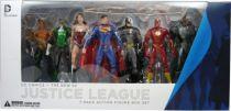 dc_comics___the_new_52_justice_league_boxed_set__batman__wonder_woman__superman__green_lantern__cyborg__aquaman__the_flash