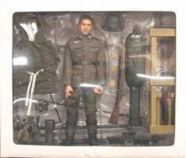 Dragon Models - LANG Schweres Wurgerat 41 and Rocket Crew Obergefreiter Eastern Front 1943