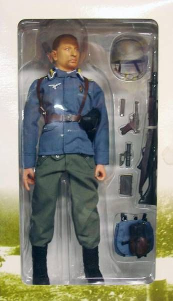 Dragon Models - PIETER German Fallschirmjäger (Unterfeldwebel) Normandy 1944