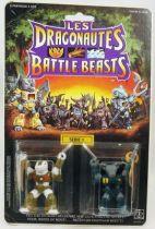 dragonautes_battle_beasts____15_gruesome_gator____10_roamin_buffalo