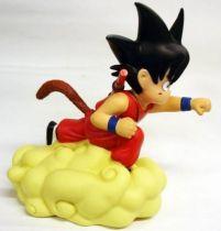Dragonball - Plastoy - Tirelire Songoku sur Nuage Magique