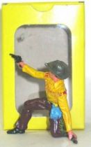 Elastolin - Cow-boys - Footed kneeling firing pistol rifle on ground (yellow & brown) (ref?)
