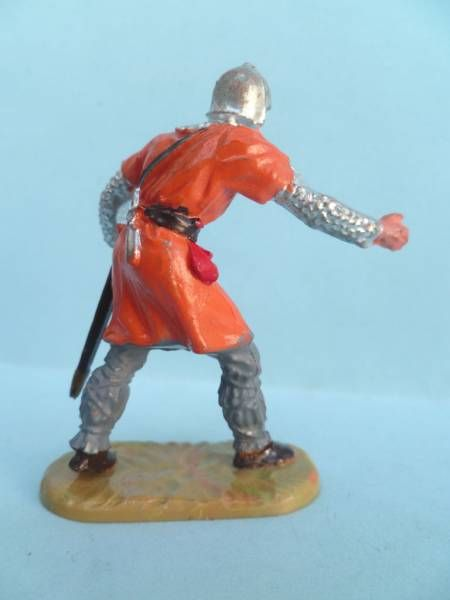 Elastolin - Middle age - Footed catapulte servant (orange) (ref 8835)