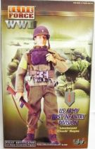 Elite Force WWII - US Army First Infantry Division - Lieutenant Chuck Hayes