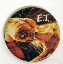 E.T. - Universal Studios E.T button E.T with dog