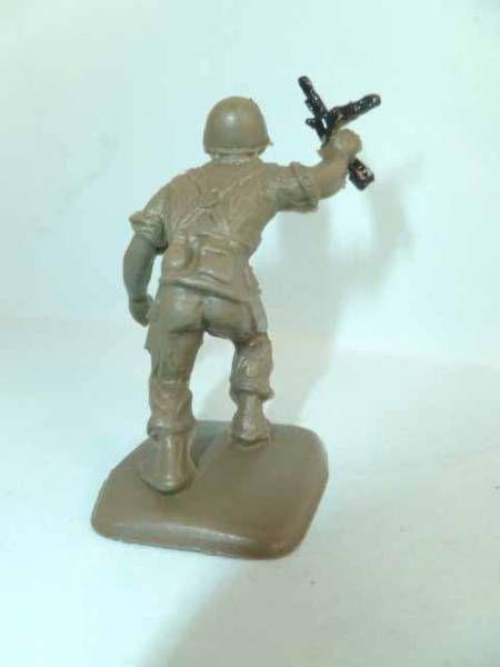 Figurine Publicitaire Bonux - Soldats Contemporains - Infanterie attaquant