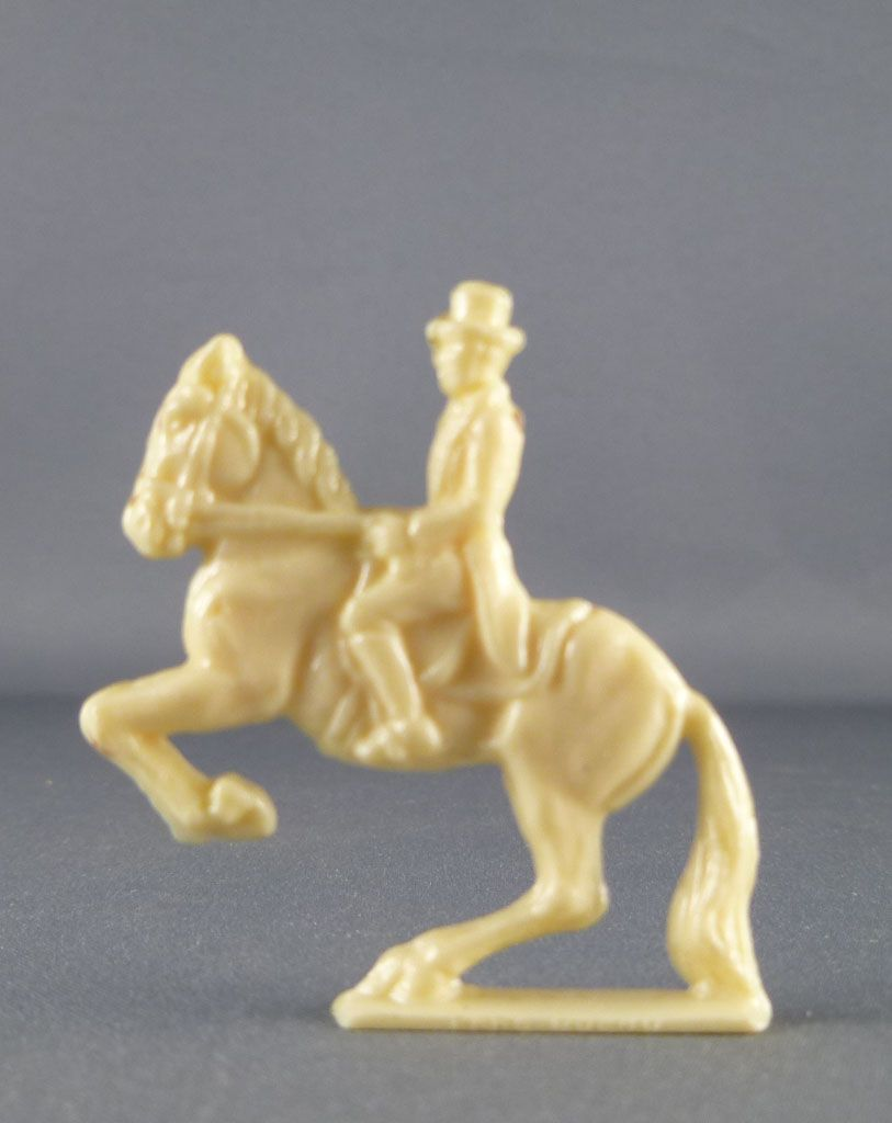 figurine_publicitaire_cafe_scarpia___sanal___bresilia_pere_queru___cirque_sarasini___ecuyer_sur_cheval_cabre_2