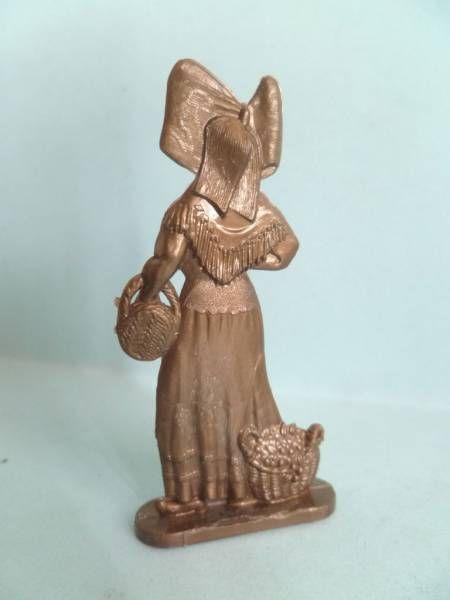 Figurine Publicitaire Eco - Les Provinces de France - Alsace (Femme)