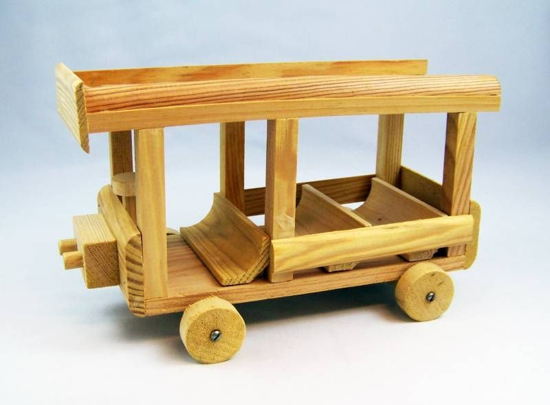Forest Families - Bricolo (France) - School Bus (mint in box)