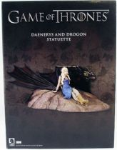 game_of_thrones___statuette_dark_horse___daenerys___drogon