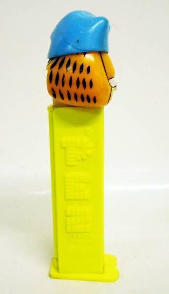 Garfield - PEZ dispenser - Garfield (patent number 4.966.305)