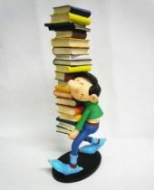 Gaston - Plastoy Resin Figure - Gaston carrying a stack of books (mint in box)