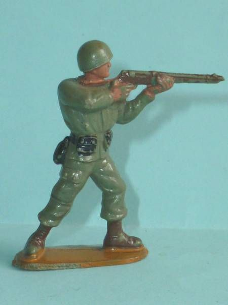 Guilbert - 54mm - WW2 - Gi Us Marine standing firing rifle