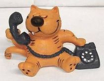 Heathcliff - Comic Spain - Heathcliff on the blue phone