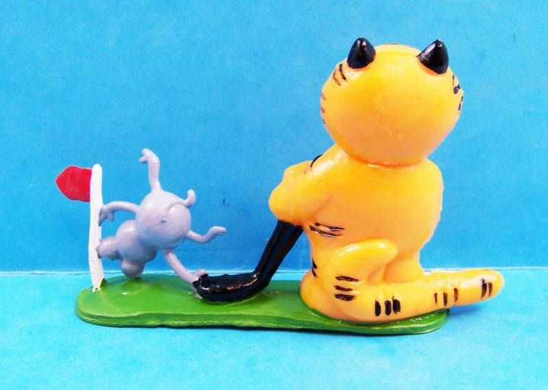 Heathcliff - Yolanda PVC Figure - Heathcliff with mouse #1