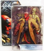 Hellboy - Mezco - Hellboy (with corpse)