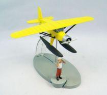 En Avion Tintin - Editions Hachette - 001 L\'hydravion jaune du Crabe aux pinces d\'or 01.