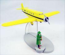 En Avion Tintin - Editions Hachette - 014 L\'avion de Bazaroff de L\'oreille cassée 01