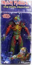 Iron Maiden Eddie \'\'The Final Frontier\'\' - NECA figure