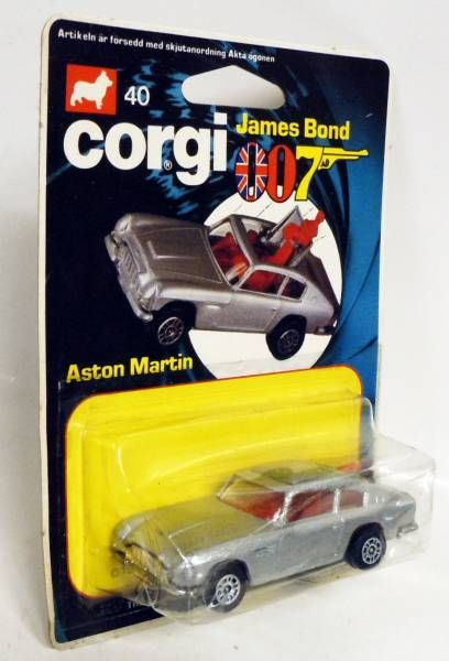 James Bond - Corgi Junior Vintage - Goldfinger - Aston Martin DB5 (Ref.40) Mint on Card
