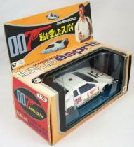 james_bond___eidai_grip___l_espion_qui_m_aimait___lotus_esprit_1_36eme__1_