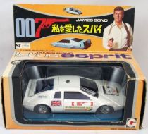 james_bond___eidai_grip___l_espion_qui_m_aimait___lotus_esprit_1_36eme