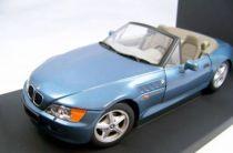 James Bond - Unique Toys - Goldeneye - BMW Z3 Roadster Scale 1:18