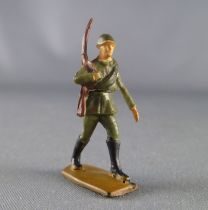 Jim - 28mm Swoppets - Modern Army - Russian rifle on shoulder