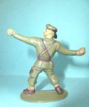 Jim - Modern Army - Paratrooper throwing grenade