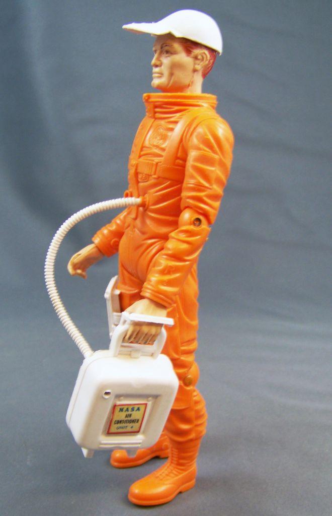 johnny_apollo___marx_toys___space_crawler_avec_mark_apollo__1968__03