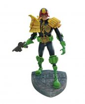 Judge Dredd Artist Edition Statue by Mike McMahon - Dark Horse