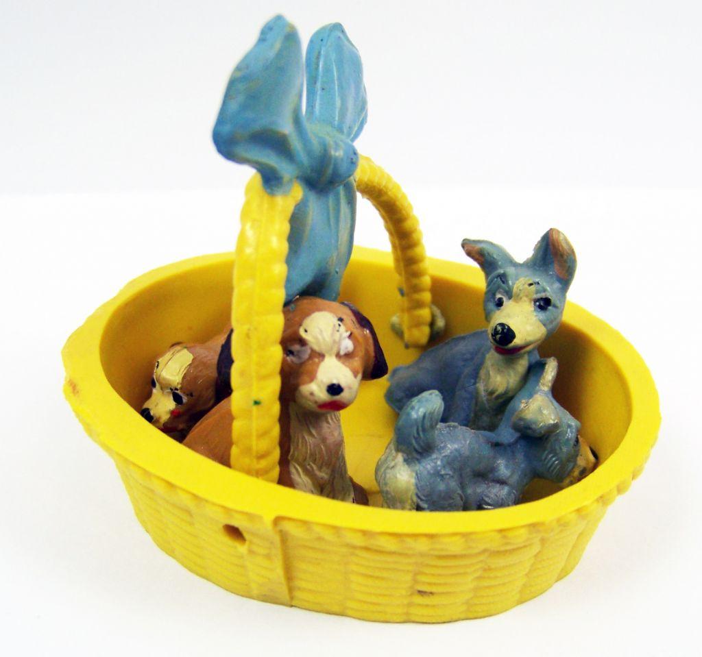 belle_et_le_clochard___figurines_plastique_jim___belle__le_clochard_et_leurs_bebes_dans_le_panier_03