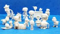 le_manege_enchante___glaces_ola__gelado____serie_de_16_figurines_monochromes_01