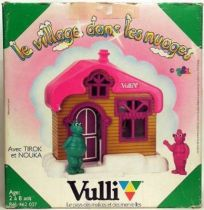 Le village dans les nuages - Mint in Box House of and with Tirok and Nouka figure