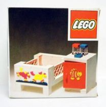 Lego Ref.271 - Baby\'s Cot and Cabinet