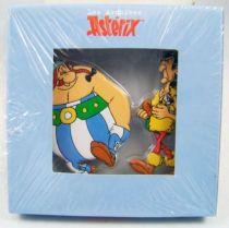 Les Archives d\'Asterix - Atlas - Figurines Métal n°4 - Atlas - Obélix et Ocatarinetabellatchitchix