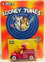 Looney Tunes - Ertl Die-cast - Daffy Duck in fire truck (Mint on Card)