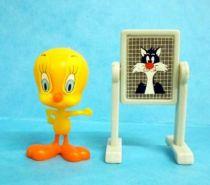 Looney Tunes - Kinder Surprise Premuim Figure 1991- Tweety with paper board