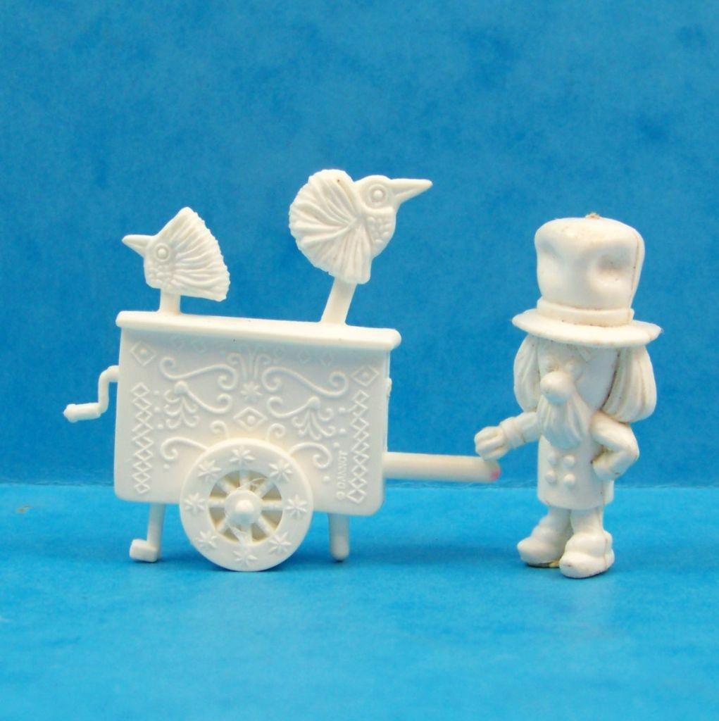 le_manege_enchante___glaces_ola__gelado____serie_de_16_figurines_monochromes_07
