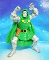 Marvel Super-Heroes - Yolanda PVC Figure - Dr. Doom