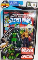 Marvel Universe Comic Pack - Secret Wars #10 - Absorbing Man & Dr. Doom with Wasp