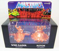 Masters of the Universe - M.U.S.C.L.E. Wind Raider & Roton (orange) - Super7
