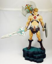Masters of the Universe 200X - He-Man 14\'\' Statue (loose)