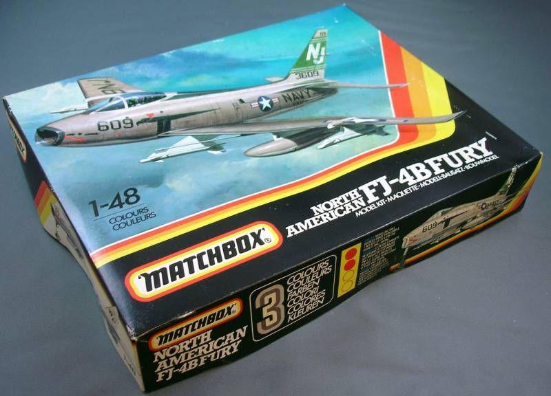 Matchbox - North American FJ-4B Fury 1/48 PK-652