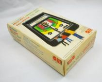 Mattel Electronics - Funtronics Games - Red Light Green Light