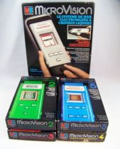 MB Electronics - MicroVision Handheld Game Console (2 versions) with 6 cartridges