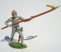 Merten 40mm - Middle Age - Footed Trooper in armour with spear (yellow flag) (ref 348))