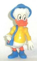 Mickey and friends - Kinder Premium Collapsible Plastic Figure - Donald grand mother red cross bag