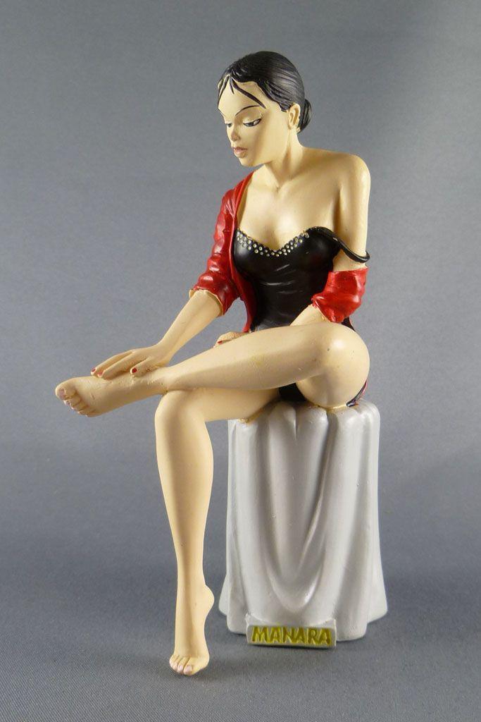 milo_manara___statuette_altaya_n__04___claudia_1
