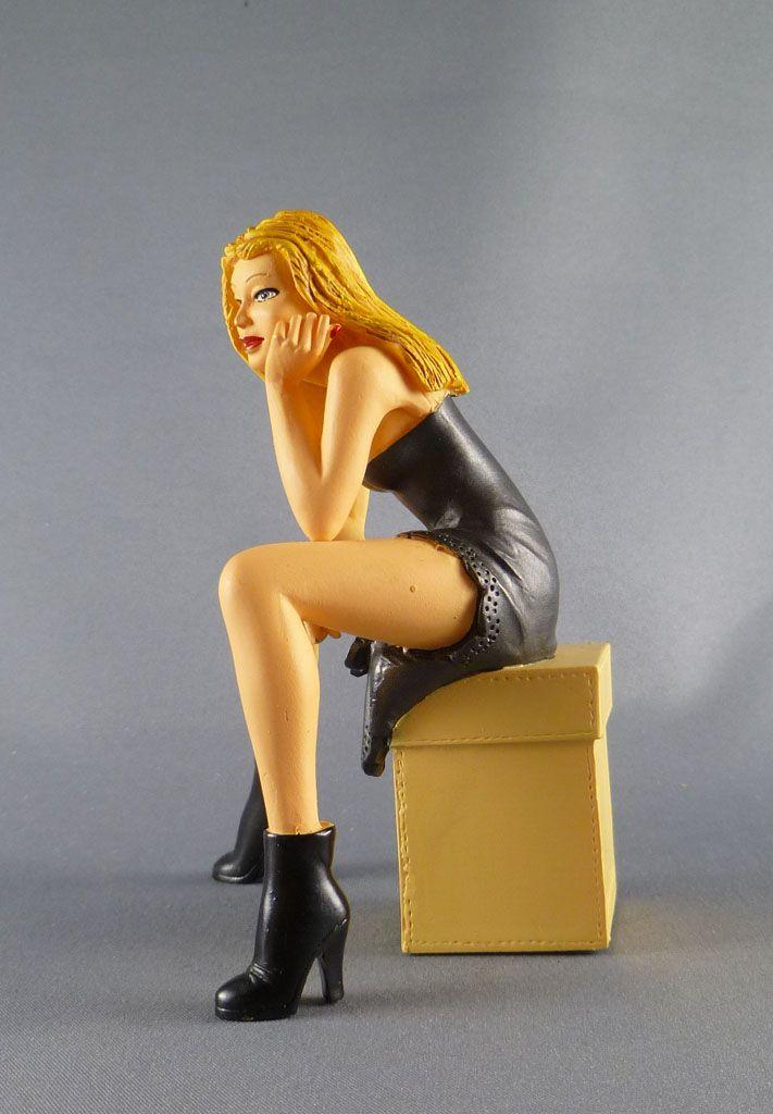 milo_manara___statuette_altaya_n__23___pamela_3